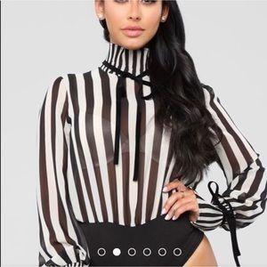 Blk Wht Fashion Nova Stripe BodySuit 🔥